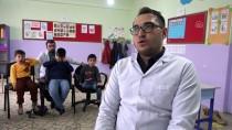ENGELLİ ÖĞRENCİLER - Arkadaşından Etkilenip Görme Engelli Öğrencilere 'Işık' Oldu