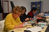 Ev Hanımlarının Yüzünü Güldüren Çini Sanatı