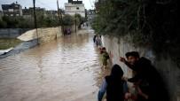 GAZZE - Gazze Şeridi'nde Cadde Ve Sokaklar Sular Altında