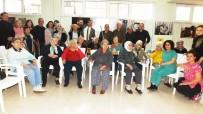Huzurevinde Kalan Yaşlılar İçin Erken Yılbaşı Kutlaması