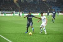 HAKAN ARıKAN - İlk Yarı Trabzonspor'un Üstünlüğüyle Bitti