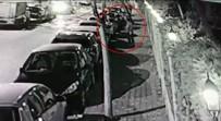 Kadıköy'de Camını Kırdıkları Araçtan Böyle Hırsızlık Yaptılar