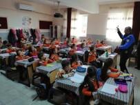 Polisten Ana Okulu Öğrencilerine Ders