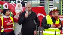 PSİKOLOJİK TEDAVİ - Türk Ailenin 4 Günlük Bebeğini Alan Alman Gençlik Dairesi Protesto Edildi