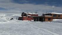 Hakkari'de 2 Bin 800 Rakımlı Kayak Merkezi Sezonu Açtı