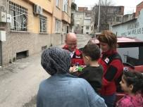 Hayırseverlerin Yardımları Türk Kızılayı İle İhtiyaç Sahiplerine Ulaşıyor