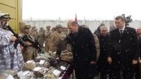 SULTAN ALPARSLAN - İçişleri Bakanı Soylu'dan Kar Altında Görev Yapan Mehmetçiğe Ziyaret