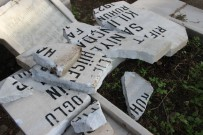 MURAT KAYA - İzmir'de Çirkin Saldırı Açıklaması 100 Yakın Mezarlık Tahrip Edildi