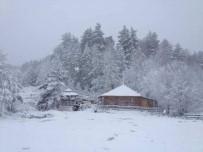 İznik'te Kar Kalınlığı 5 Santimetreye Ulaştı