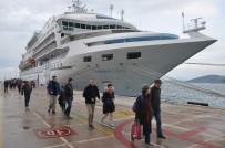 TURİZM SEZONU - Kuşadası Limanı 2019 Sezonunun Son Kruvaziyer Gemisini, Ağırladı