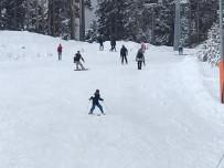 Sarıkamış Kayak Merkezi'nde Hafta Sonu Yoğunluğu