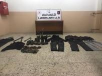 TELEFON KABLOSU - Telefon Kablosu Hırsızları Tutuklandı