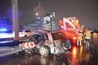 TEM Otoyolunda Kaza Yapan Cip Bariyerlere Ok Gibi Saplandı