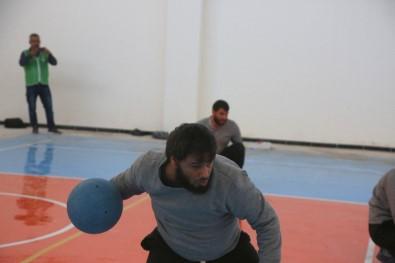 Azez'de Görme Engelliler İçin Futbol Turnuvası
