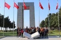 SEYİT ONBAŞI - ÇOMÜ'de Birinci Sınıf Öğrencilerine Yönelik Şehitlik Ziyaretleri Projesi Devam Ediyor