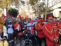 HASAN ALİ YÜCEL - İşitme Engelliler Orkestrası Çaldı, Onur Akın Söyledi