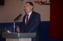 ŞEREF MALKOÇ - Kamu Başdenetçisi Malkoç, Üniversite Öğrencilerine Seslendi