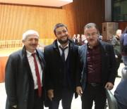 Sanatçı Şükriye Tutkun, Eyüpsultan'da Engellilerle Birlikte Türkü Söyledi