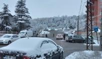 Afyonkarahisar Güne Karla Başladı