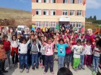 AK Parti Mardin ÜNİAK Çalışmalarıyla Göz Dolduruyor