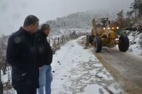 KARAKÖY - Belediye Ekiplerinden Kar Mesaisi