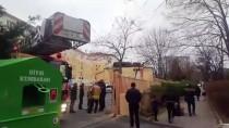 BEYLIKDÜZÜ BELEDIYESI - Beylikdüzü'nde Okulun Çatısı Uçtu