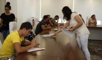 ÜNİVERSİTE MEZUNU - Döşemealtı Belediyesi'nin İşkur Masası İşverenle İşçiyi Buluşturuyor