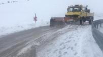 Elazığ'da Kar 62 Köy Yolunu Kapattı, Tipi Etkili Oldu