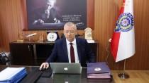Isparta Emniyet Müdürü Akay, AA'nın 'Yılın Fotoğrafları' Oylamasına Katıldı