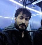 HASTA YAKINI - İzmir'de İki Kişiyi Öldüren Şahıs Polis Memurunu Da Vurdu