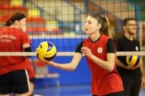 DAMAT İBRAHİM PAŞA - Nevşehir Belediyespor Kadın Voleybol Takımı Devre Arası Kamp Çalışmalarını Sürdürüyor