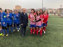 YILDIZ ANADOLU - Okullar Arası Genç Kızlar Futbol İl Birinciliği Tamamlandı