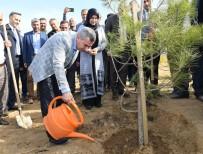 EMINE ERDOĞAN - Yeşilyurt'ta Değişim 2020 Yılında Da Sürecek