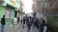Diyarbakır'da Silahlı Kavga Açıklaması 2 Yaralı