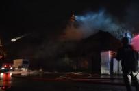 Dokuma Fabrikasında Çıkan Yangın 4 Saat Sonra Kontrol Altına Alındı