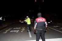 ŞÜPHELİ ARAÇ - Erzincan'da Yılbaşı Öncesi Güvenlik Tedbirleri