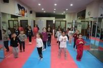Eyüpsultan Belediyesi'nin Uzakdoğu Sporları Kurslarına Yoğun İlgi