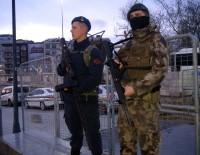 HAREKAT POLİSİ - Taksim Meydanı'nda 'Drone Savar'lı Güvenlik Önlemi