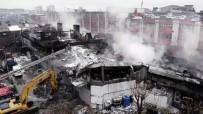 Zeytinburnu'nda Yanan Fabrikanın Yıkım Çalışmaları Havadan Görüntülendi