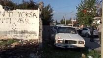YEŞILDERE - Çaldığı Eski Model Araçla Trafiği Birbirine Kattı, Saklandığı Evden Ağlayarak Çıktı
