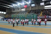 60. Yıl Atletizm Şampiyonası'nda Miniklerden Kıyasıya Mücadele
