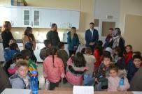 HAYVAN SEVGİSİ - Hakkarili Minikler Rehabilitasyon Merkezini Ziyaret Etti