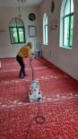 Kemer Belediyesi Camileri Temizliyor