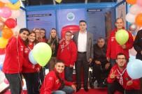 ENGELLİ VATANDAŞ - Menderes'te Hem Açılış Hem Kutlama