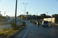 Sinop'ta Otomobil Refüje Çarptı Açıklaması 1 Yaralı