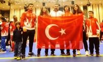 FILDIŞI SAHILI - Yunusemre Wushucular Şampiyonada Madalyaları Topladı