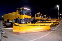 HÜSEYIN KESKIN - DHMİ Genel Müdürü Keskin, İstanbul Havalimanı'ndaki Kış Hazırlıklarını Yerinde İnceledi