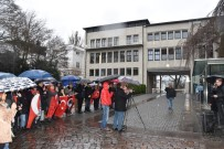 HUKUK DEVLETİ - Alman Kanalının Skandal Atatürk Yayını Hamburg'da Protesto Edildi