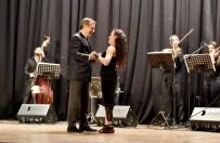 Festivalin Açılış Dansı Başkan Ataç Ve Derya'dan