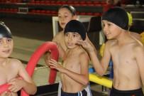 SPOR BAKANLIĞI - 'Yüzme Bilmeyen Kalmasın' Projesiyle 1 Milyon Öğrenci Yüzmeyi Öğrenecek